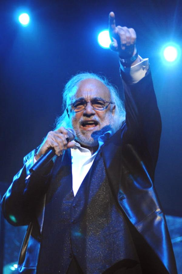 Demis Roussos Performs in Budapest